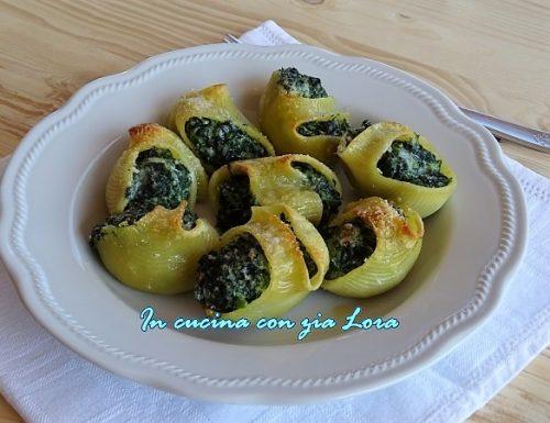 Lumaconi ripieni di ricotta e spinaci