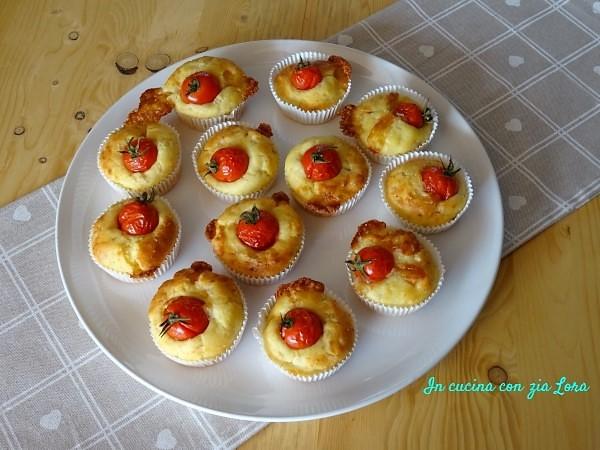 muffin salati con pomodorini