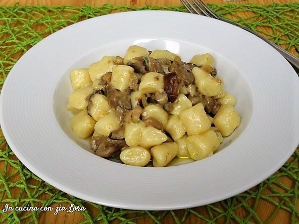 Ricette Gnocchi Con Funghi.Zlpv57dyx8dtqm