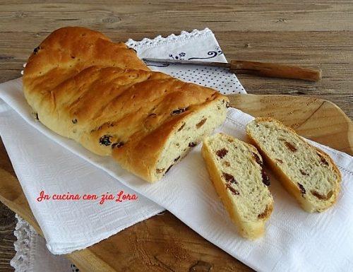 Pane con uvetta e anice ricetta di casa mia
