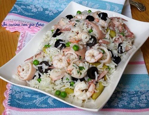 Insalata di riso con totani gamberi e verdure