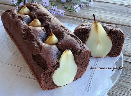 Plumcake al cioccolato con pere intere