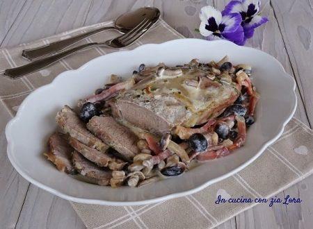 Filetto di maiale con funghi e speck