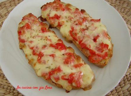 Pizza finta deliziosa e profumata