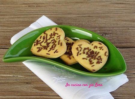 Biscotti semplici al burro facili e veloci