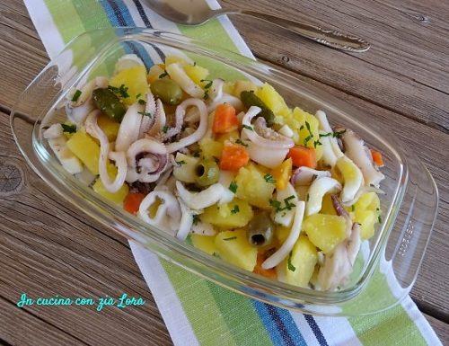 Insalata di seppia e patate appetitosa