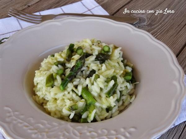 Risotto agli asparagi semplice e saporito