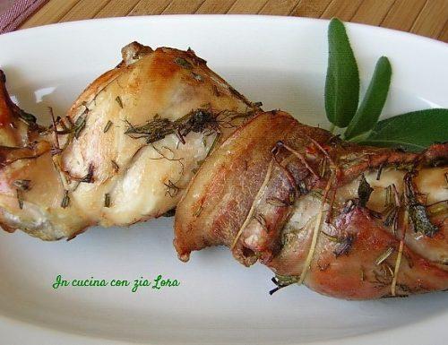 Coniglio arrosto in porchetta