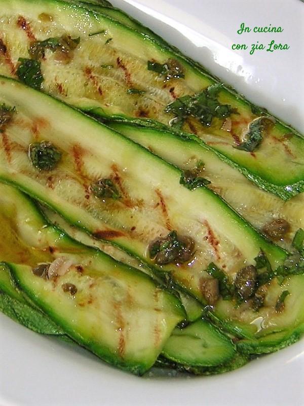 Zucchine grigliate un contorno facile e gustoso