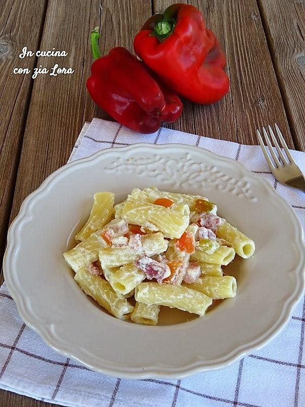 Pasta con pancetta ricotta e peperone
