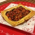 mini sfoglie con patè di olive nere e pomodorini