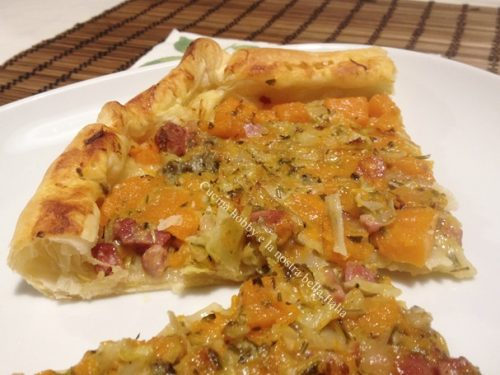 Torta salata con verza zucca e pancetta