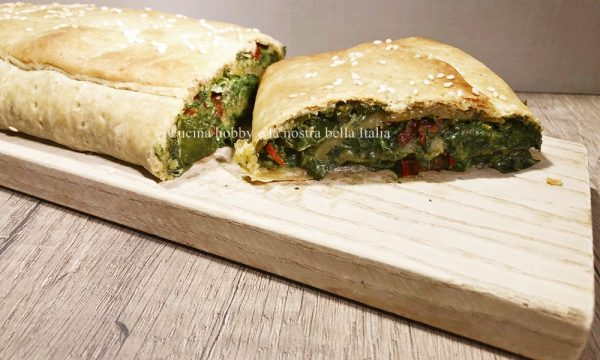 Strudel spinaci e pomodori secchi