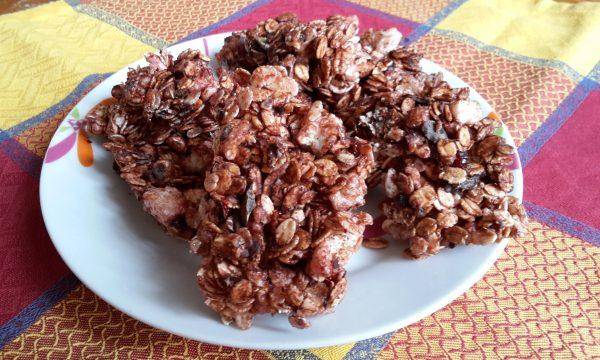 Barrette ai fiocchi di cereali e cioccolato