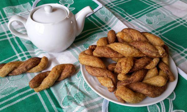 Treccine bigusto cacao, ricotta e miele