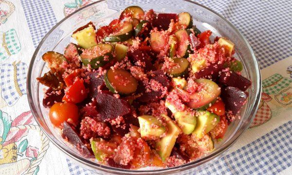 Couscous vegetariano con barbabietole