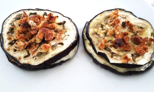 Sandwich di melanzane e mozzarella con crosticina