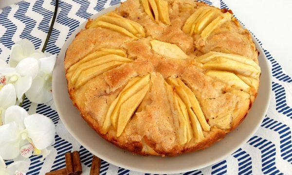 Torta di mele e cannella con farina di riso