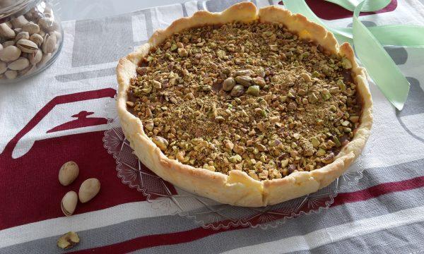 Crostata con crema al cacao e pistacchi senza glutine