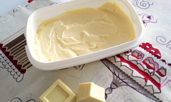 Crema al mascarpone e cioccolato bianco
