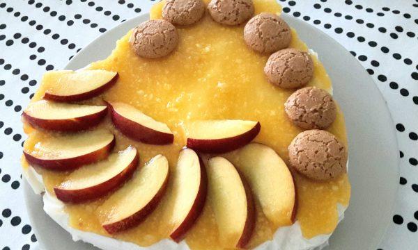 Cheesecake amaretti e pesche