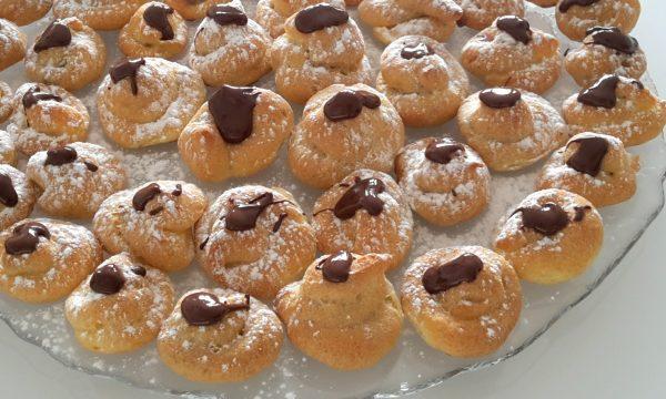 Bignè al cioccolato senza glutine