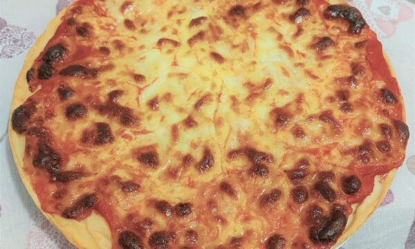Pizza margherita a lenta lievitazione