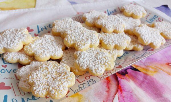 Biscotti con tuorli sodi