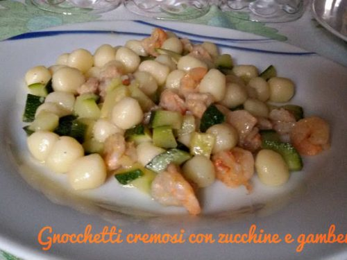 Gnocchetti cremosi con zucchine e gamberetti