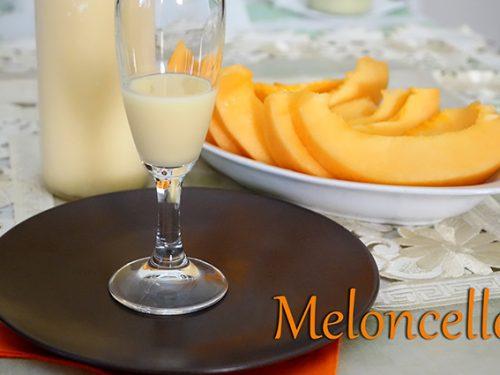 """Liquore """"Meloncello"""": crema di melone"""
