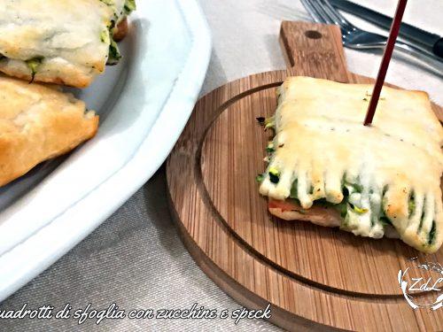 Quadrotti di sfoglia con zucchine e speck ricetta furba con 3 ingredienti