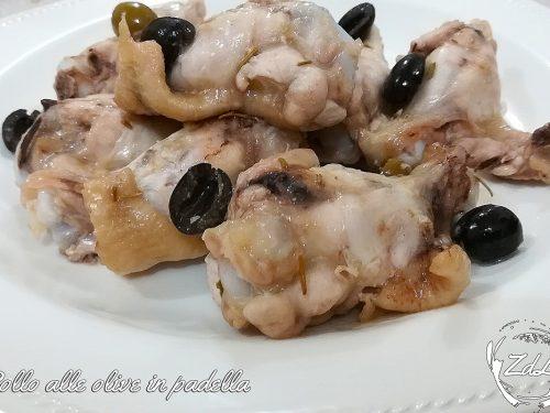 Pollo alle olive in padella