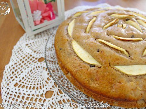 Torta soffice di mele e ricotta con cioccolato