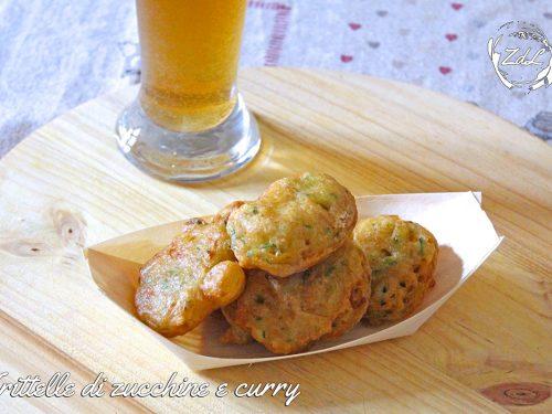 Frittelle di zucchine e curry