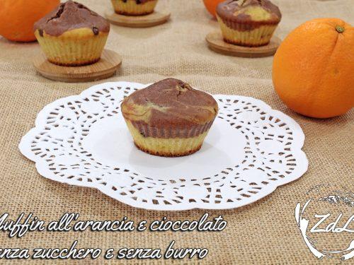 Muffin all'arancia e cioccolato senza zucchero e senza burro