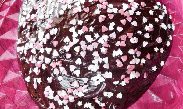 Torta cuore al cacao per San Valentino