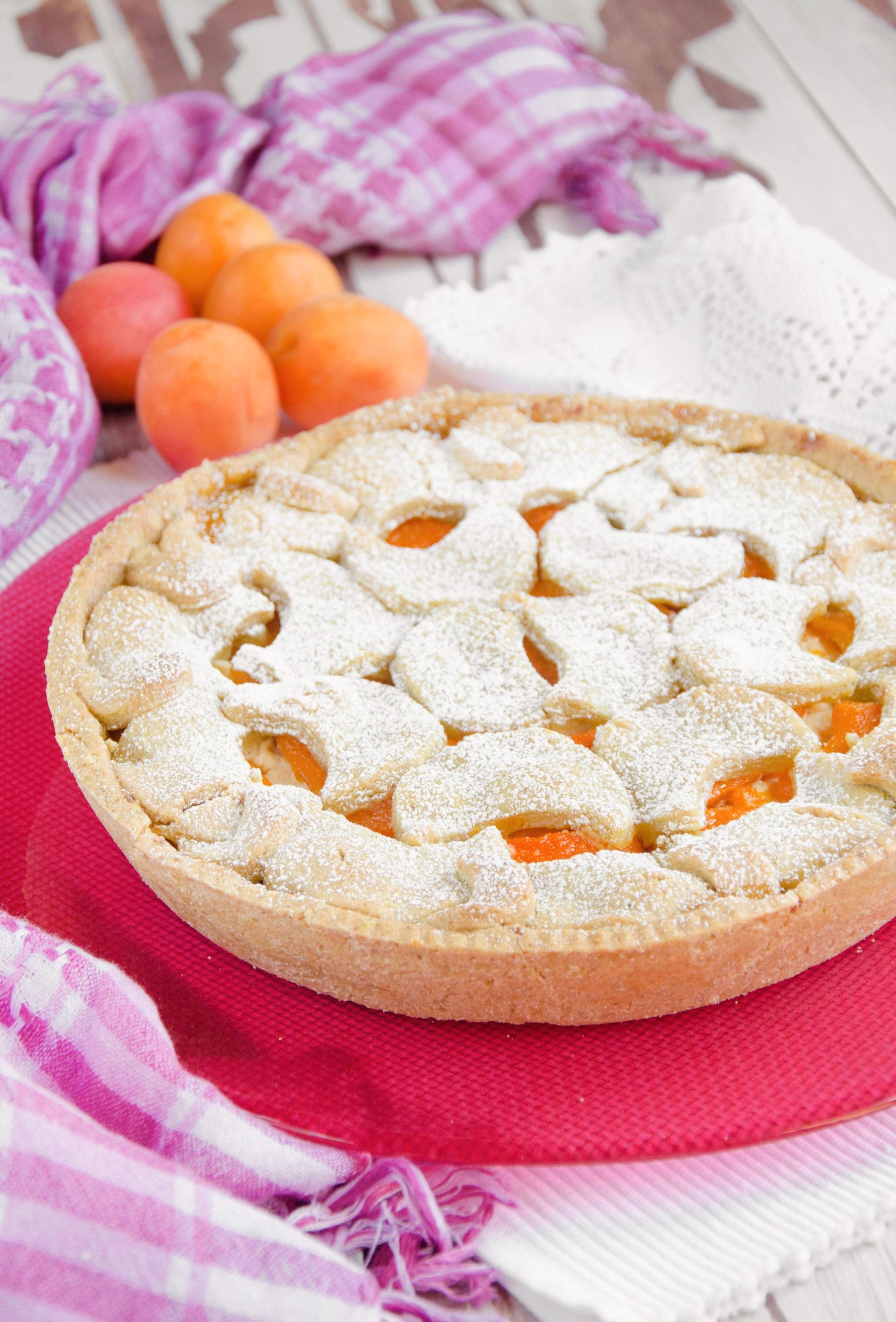 Crostata con frolla al pistacchio ed albicocche