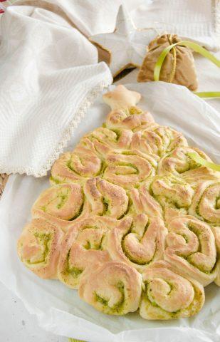 Albero di pasta lievitata
