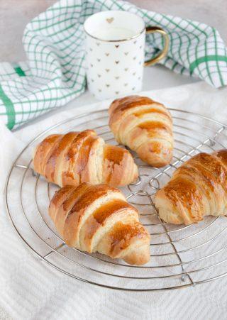 Croissant sfogliati pronti