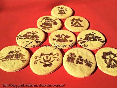 Tecnica per decorare i biscotti con il cacao