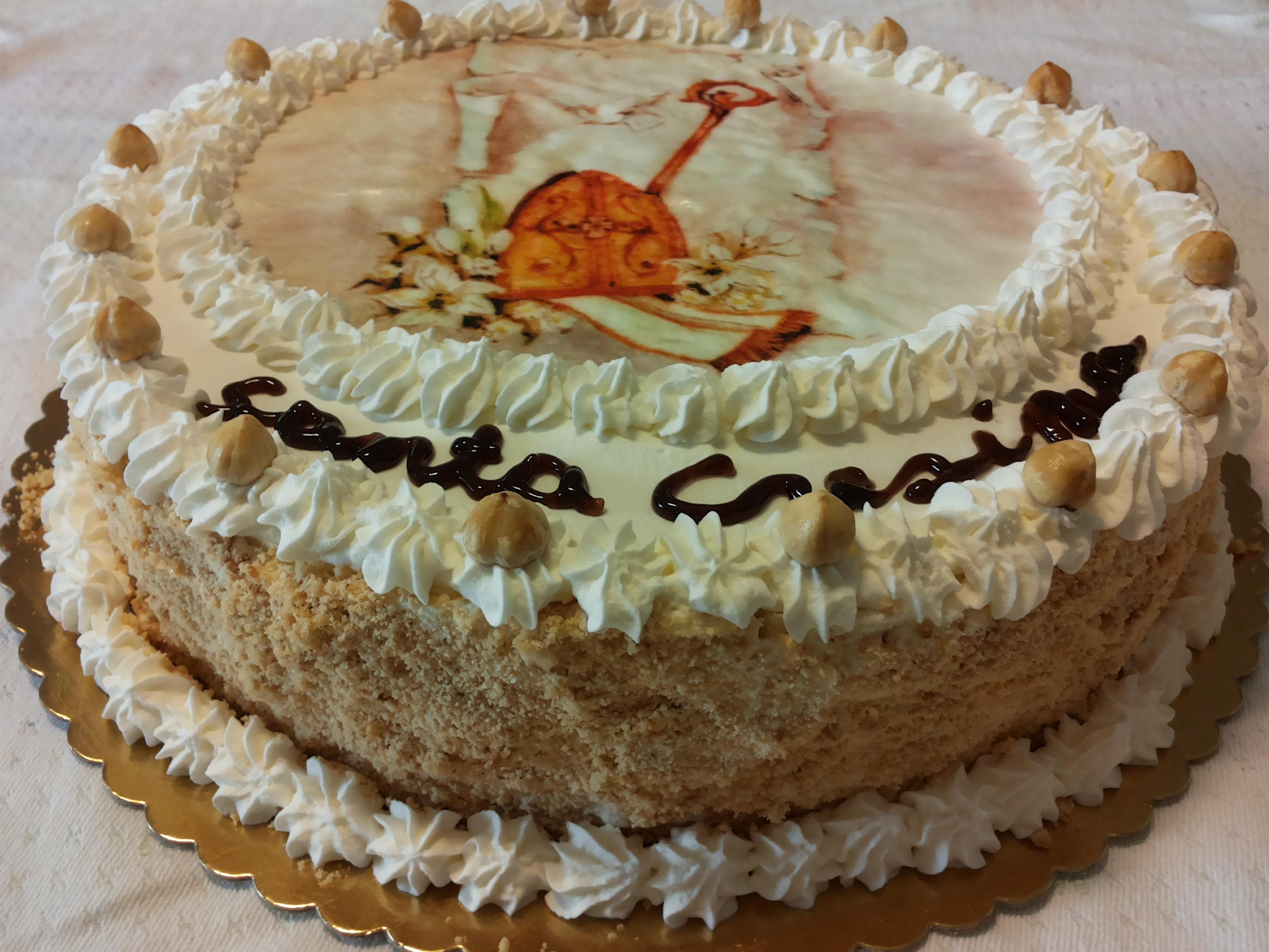 Torta diplomatica vaniglia e cioccolato zucchero for Decorazioni di torte con panna montata
