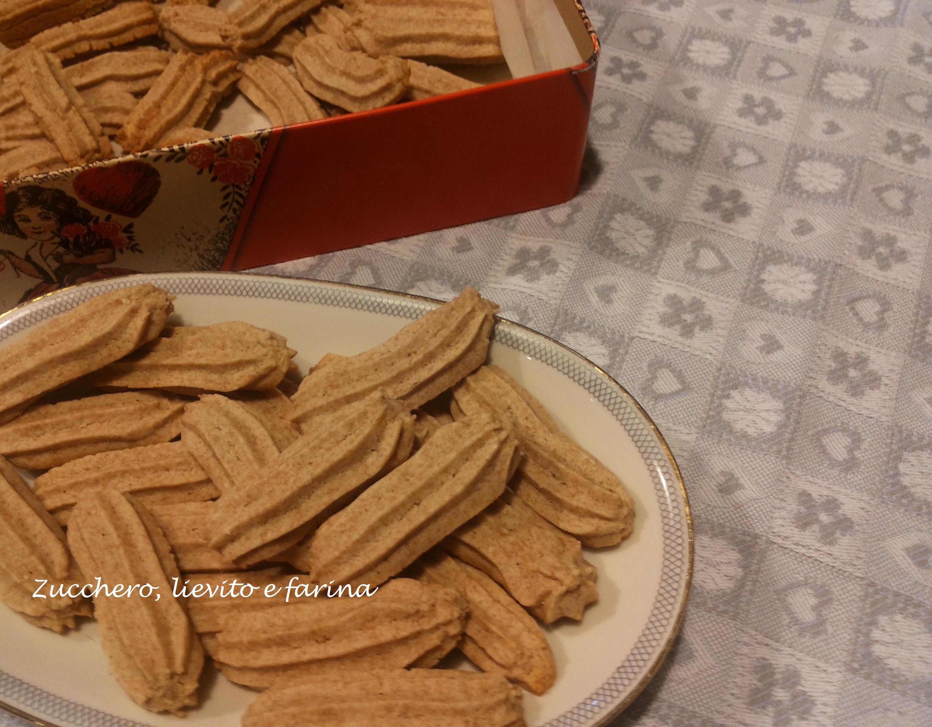 Ricetta Krumiri Senza Lievito.Krumiri Al Farro Integrale Senza Zucchero Ricetta Biscotti Leggeri