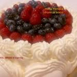Torta Monia ai frutti di bosco