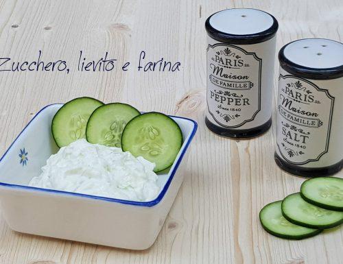 Tzatziki (salsa greca senza cottura)