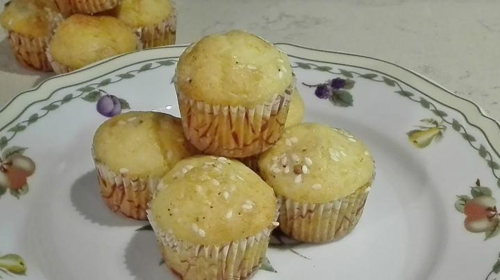 Mini muffin fontina e speck