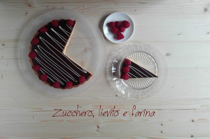 Crostata frangipane alle mandorle e cioccolato