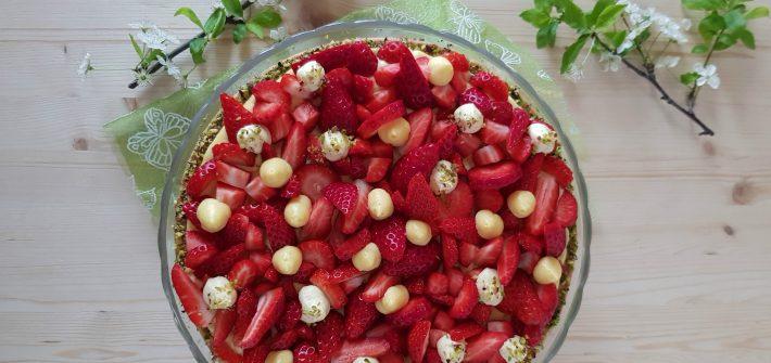 Crostata con frangipane e fragole