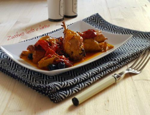 Pollo al forno con peperoni e olive