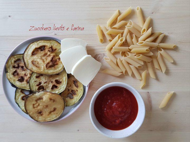 Pasta al forno con melanzane fritte