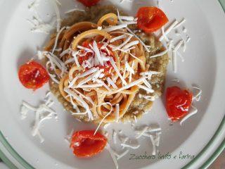 Spaghetti integrali con crema di melanzane